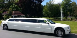 What you should expect from an airport limousine service